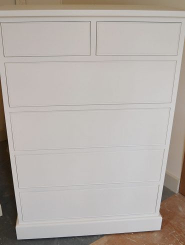 Deanery Heritage 2/4 Chest of Drawers with hand-painted finish