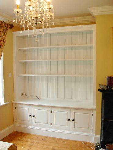 Deanery Fitted Alcove Door Bookcase Unit with hand-painted finishy