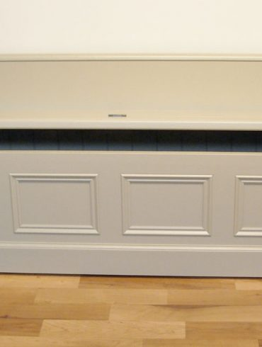 Deanery Hand-crafted, hand-painted Bench with Storage and back support