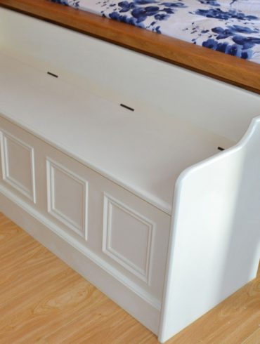 Deanery Bed End Bench, hand-painted with Storage
