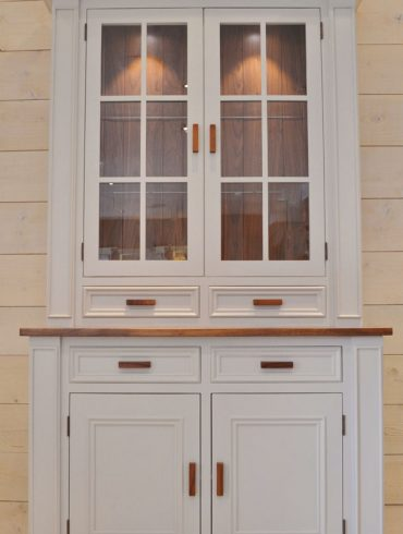 Deanery 4ft Clifton Dresser with Walnut top with hand-painted finish