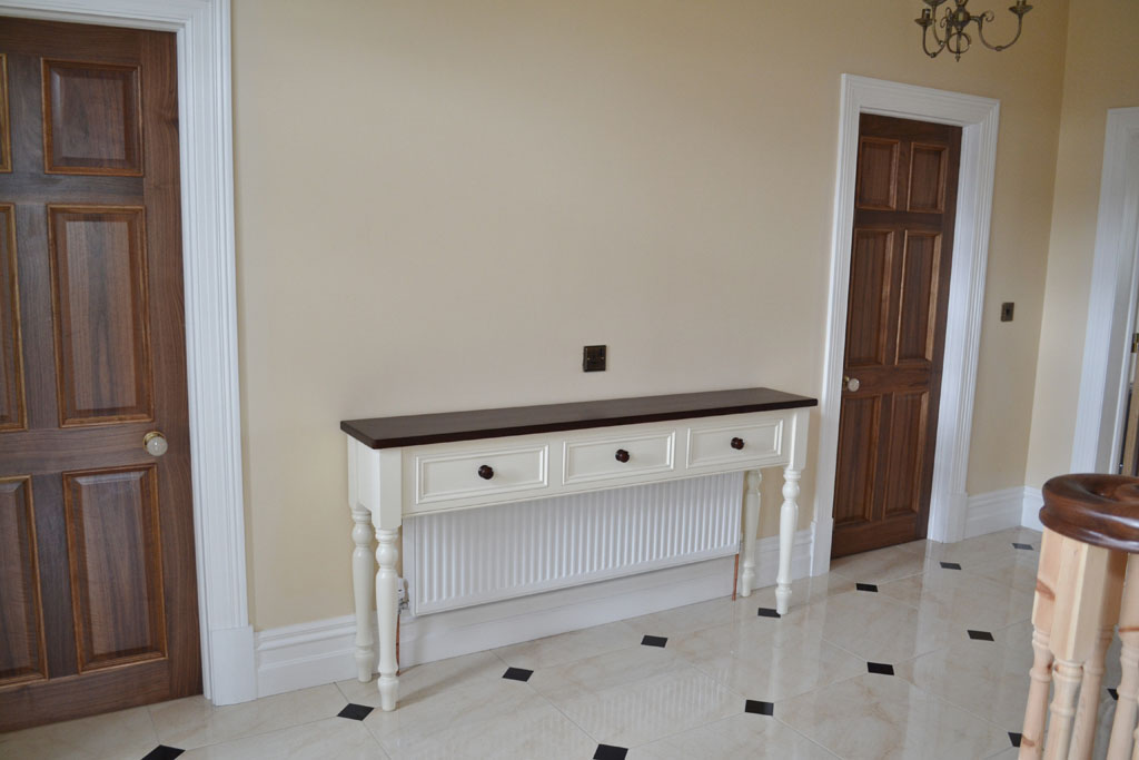 Kingston Hall Table Radiator Cover with Dark Pine Top
