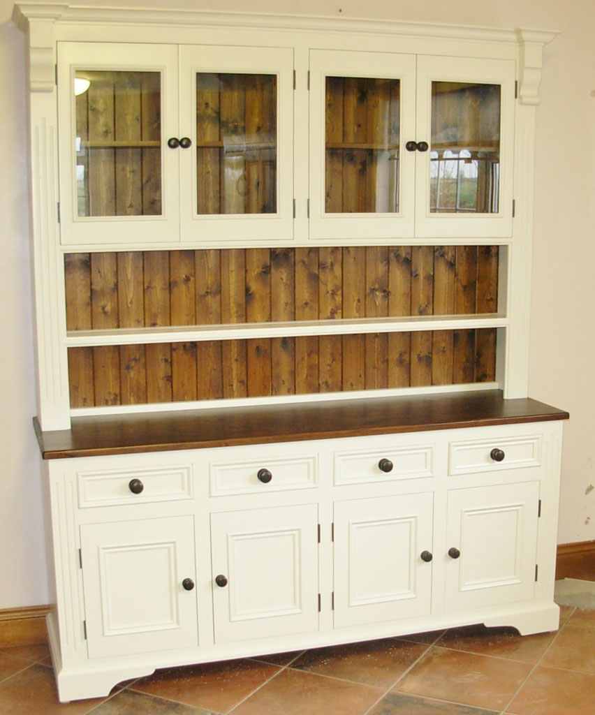 Deanery 6ft Ducal Dresser with Pine top and hand-painted finish