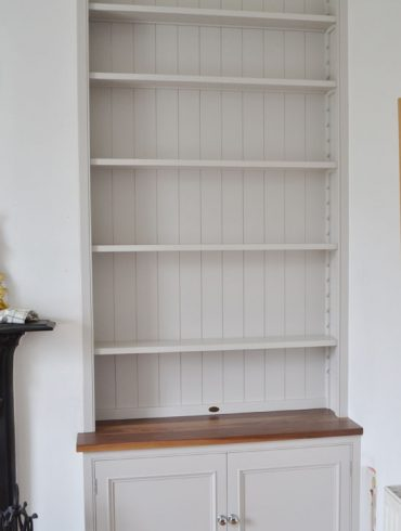 Deanery Alcove Bookcase with Open Shelving, Walnut Top and hand-painted finish