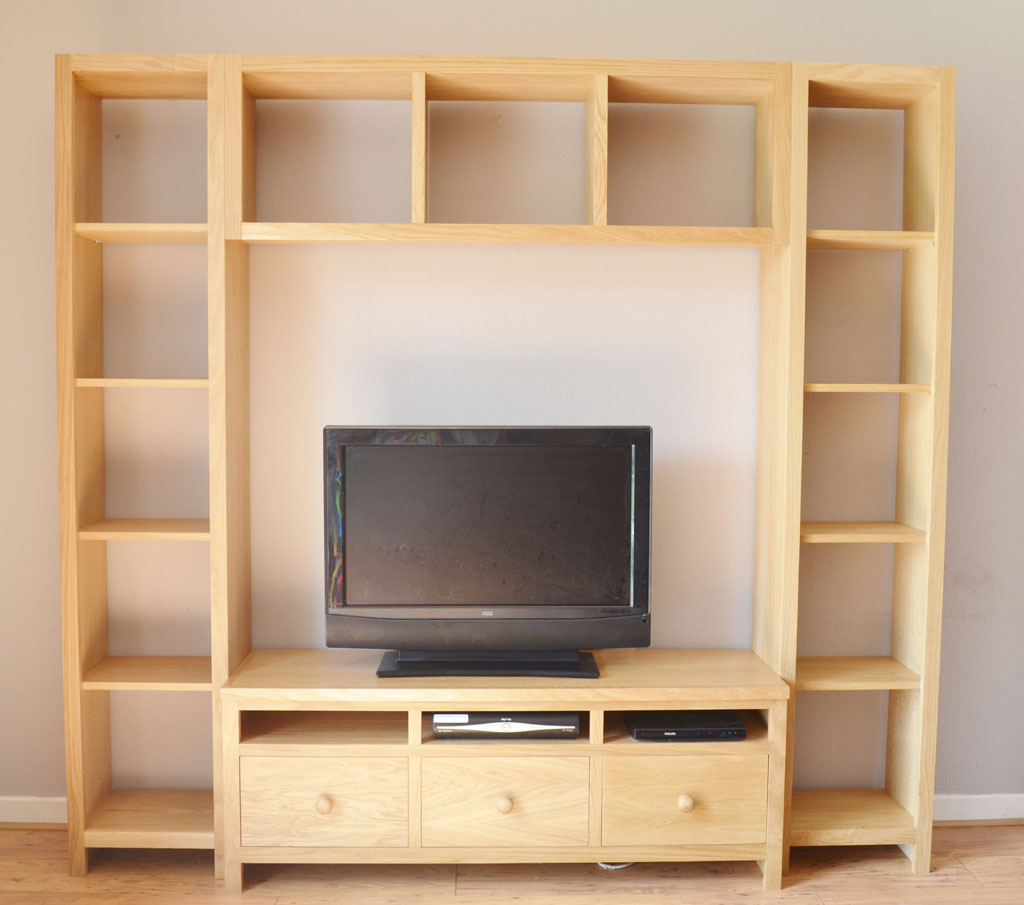 Deanery Woodford Oak Media Unit