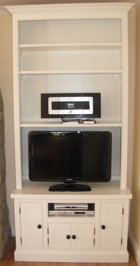 Deanery Charlotte Rose Painted Top Media Unit