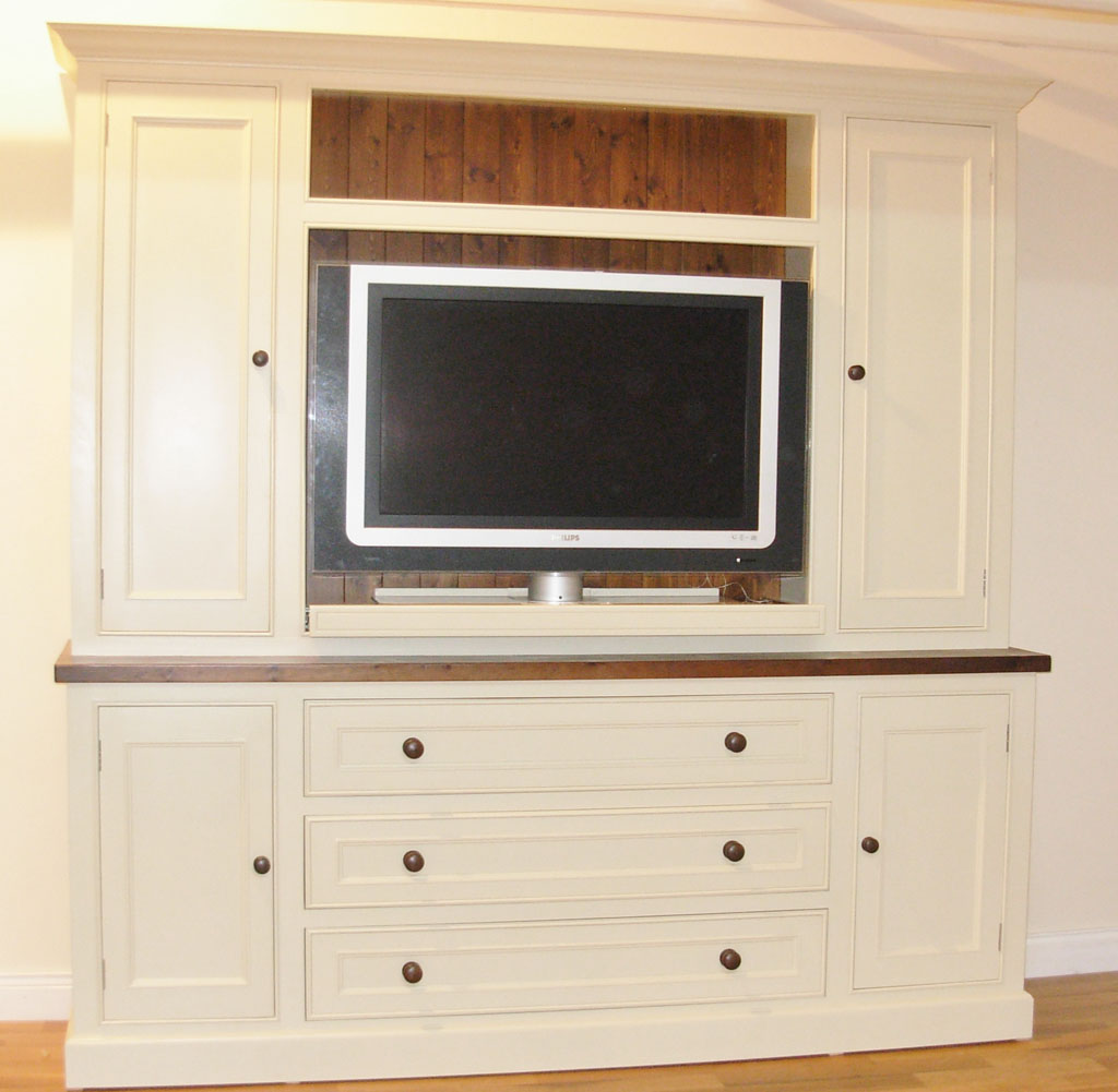 Tv units tv cabinets media units handpainted tv unit for Tv media storage cabinet