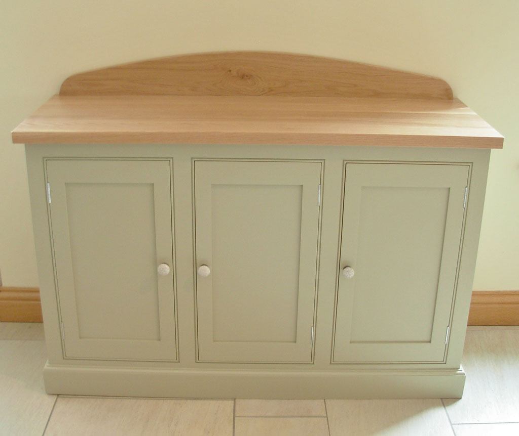 DSB3301 - Deanery 5ft Oak Top, 3 Door Sideboard with hand-painted finish