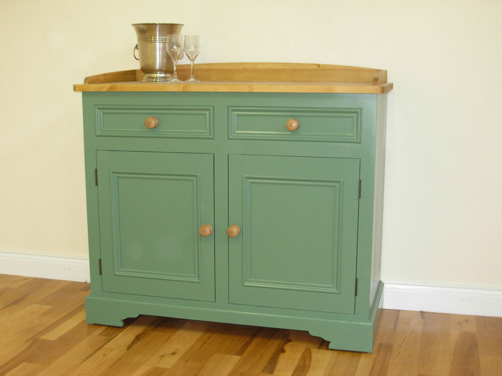 Deanery 4ft Cottage Pine Top Dresser with hand-painted finish
