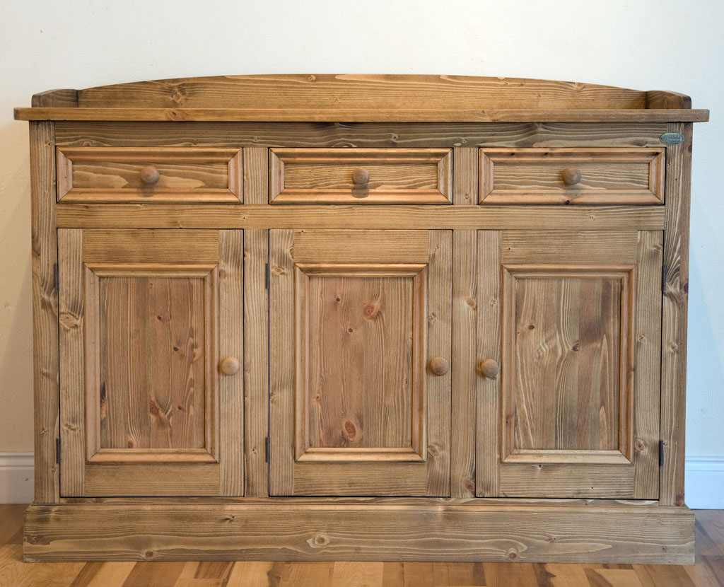 Deanery 5ft Cottage Pine sideboard with Wax finish