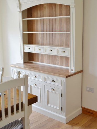 Deanery 5ft Spice Dresser with Oak Top and Hand-painted finish