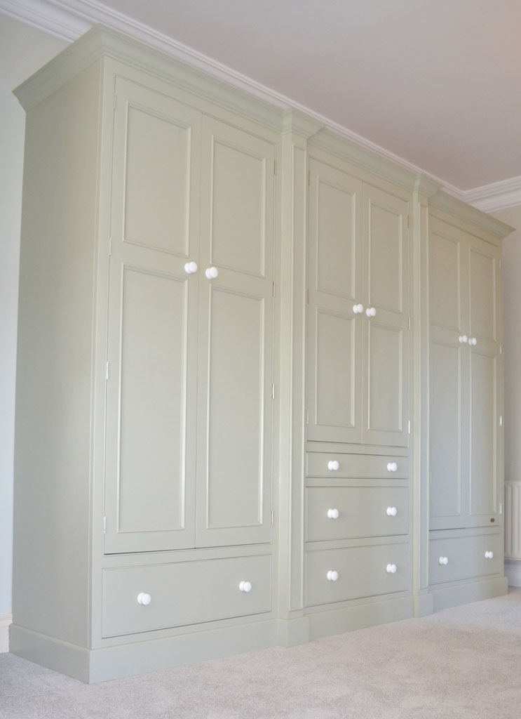 Deanery Bespoke Grand Brakefront In-frame Wardrobe