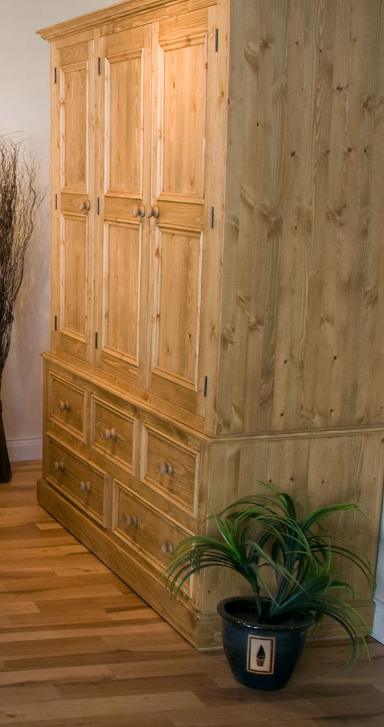 Deanery Brosna 5ft Triple Pine Wardrobe With Wax Finish