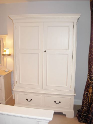 Georgian Double Wardrobe, hand-painted in F&B Pointing