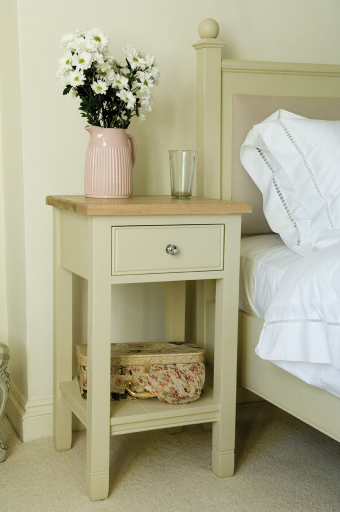Neptune Chichester Open Bedside Cabinet