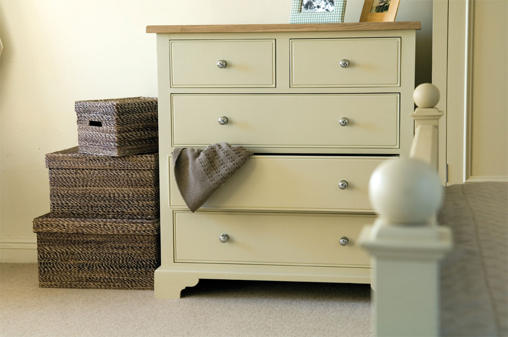 Neptune Chichester Chest of Drawers with Oak Top